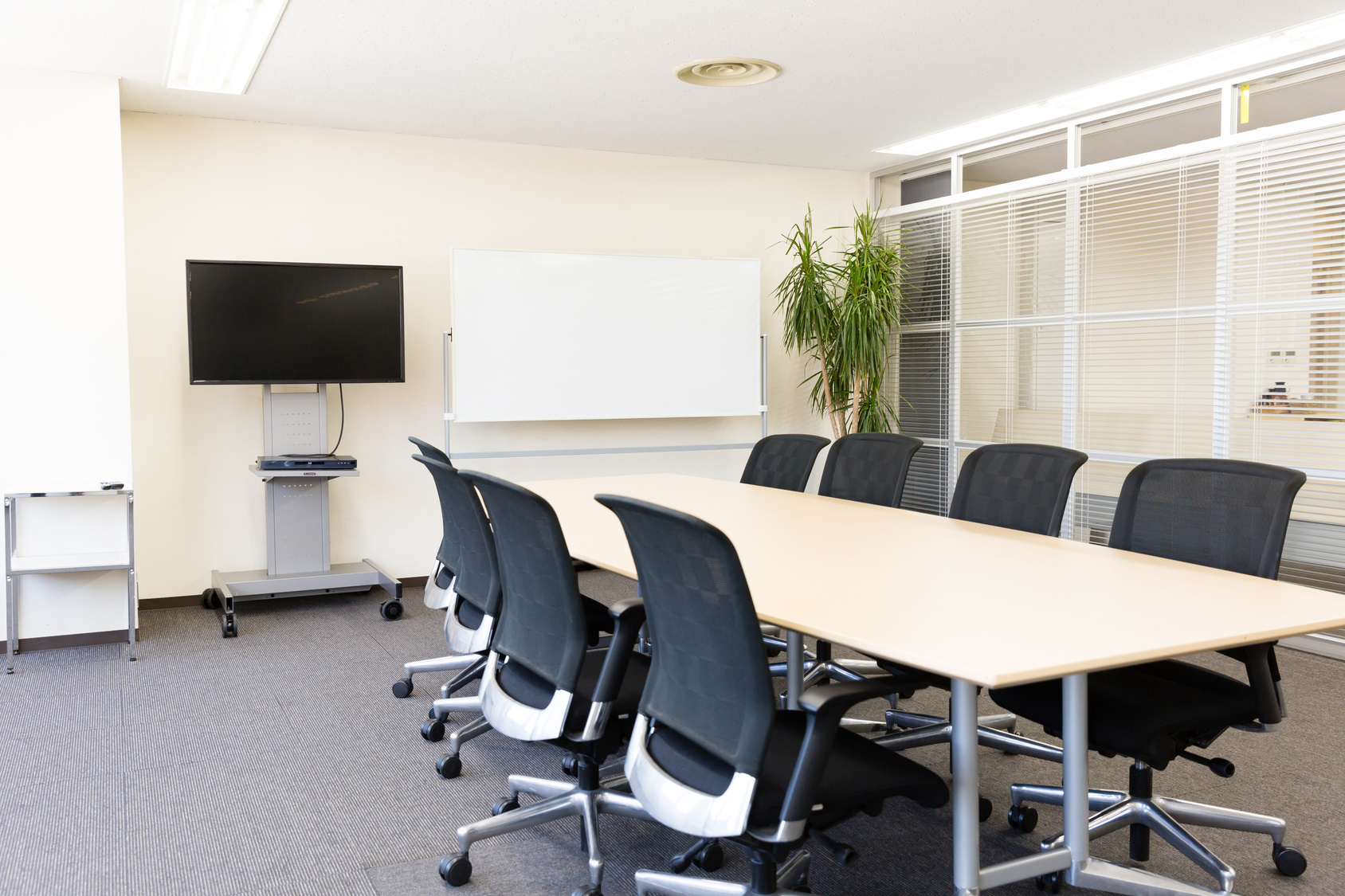 Workspace solutions office furniture fort wayne for Room design and layout